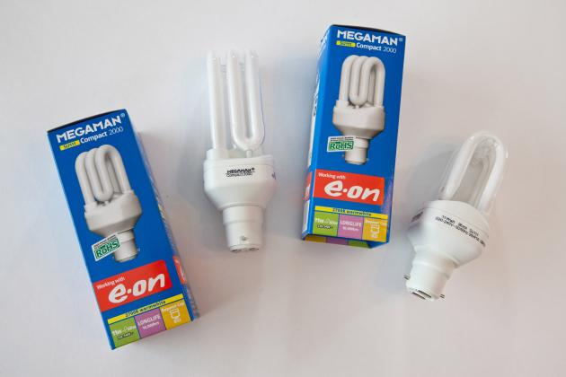 Compact fluorescent light bulbs ... & Lighting | Centre for Sustainable Energy azcodes.com